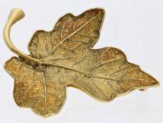 "Brosche/Nadel: goldene vintage Brosche, Motiv ""Efeublatt"", 14K Gold, HandarbeitCa. 49 × 39mm, ca."