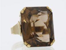 Ring: massiver Goldschmiedering mit großem Rauchtopas, Handarbeit, 14K GoldCa. Ø16mm, RG51, ca. 12,