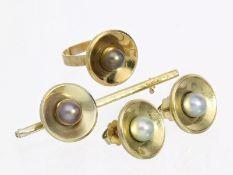 Ring/Ohrschmuck: vintage Schmuck-Set, 14K Gold1. Ring ca. Ø15mm, RG47, 14K Gold, Ringkopf ca. Ø15mm,