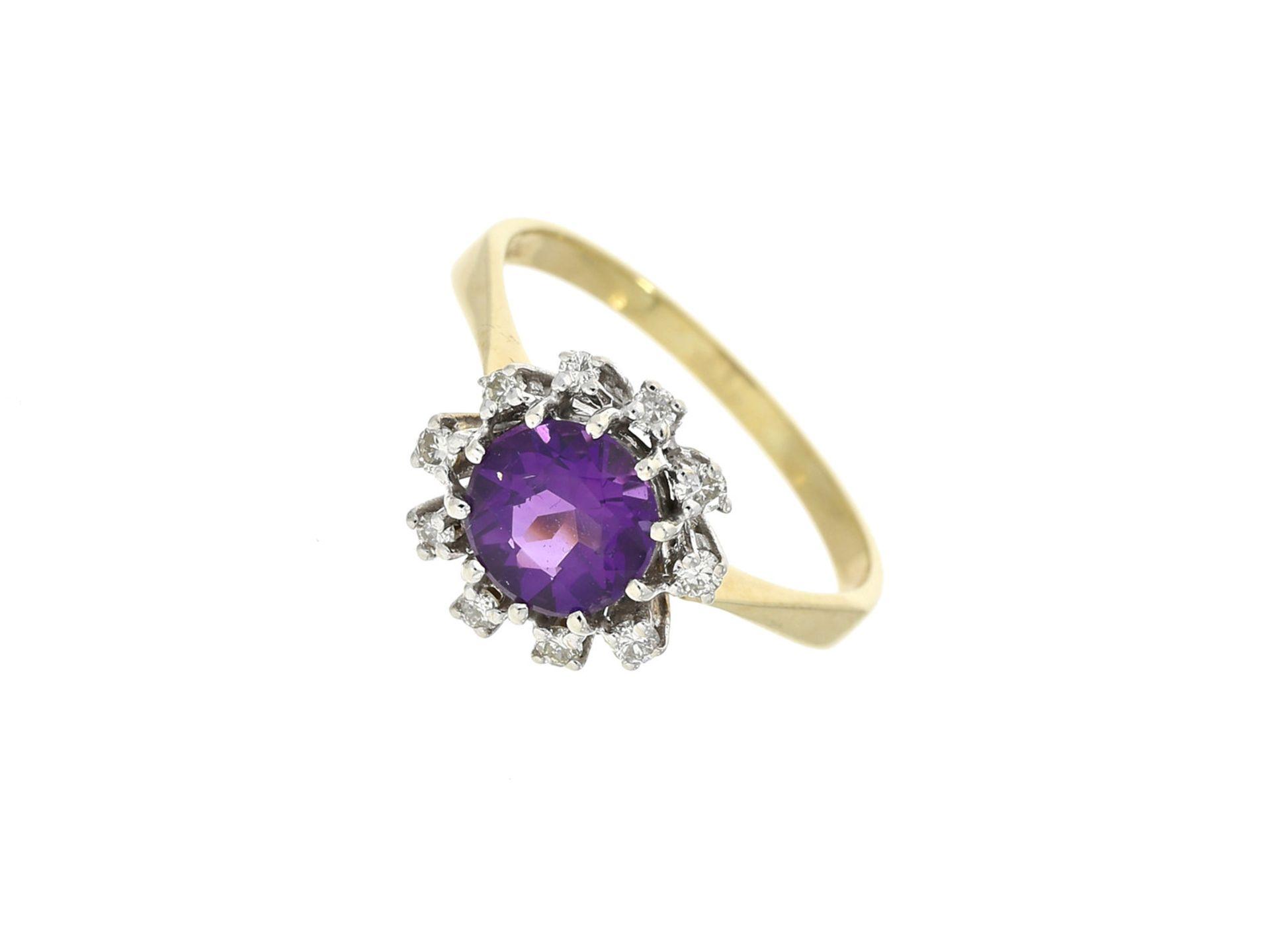 Ring: klassischer vintage Amethyst/Brillant-GoldschmiederingCa. Ø18mm, RG57, ca. 3,6g, 14K Gold,