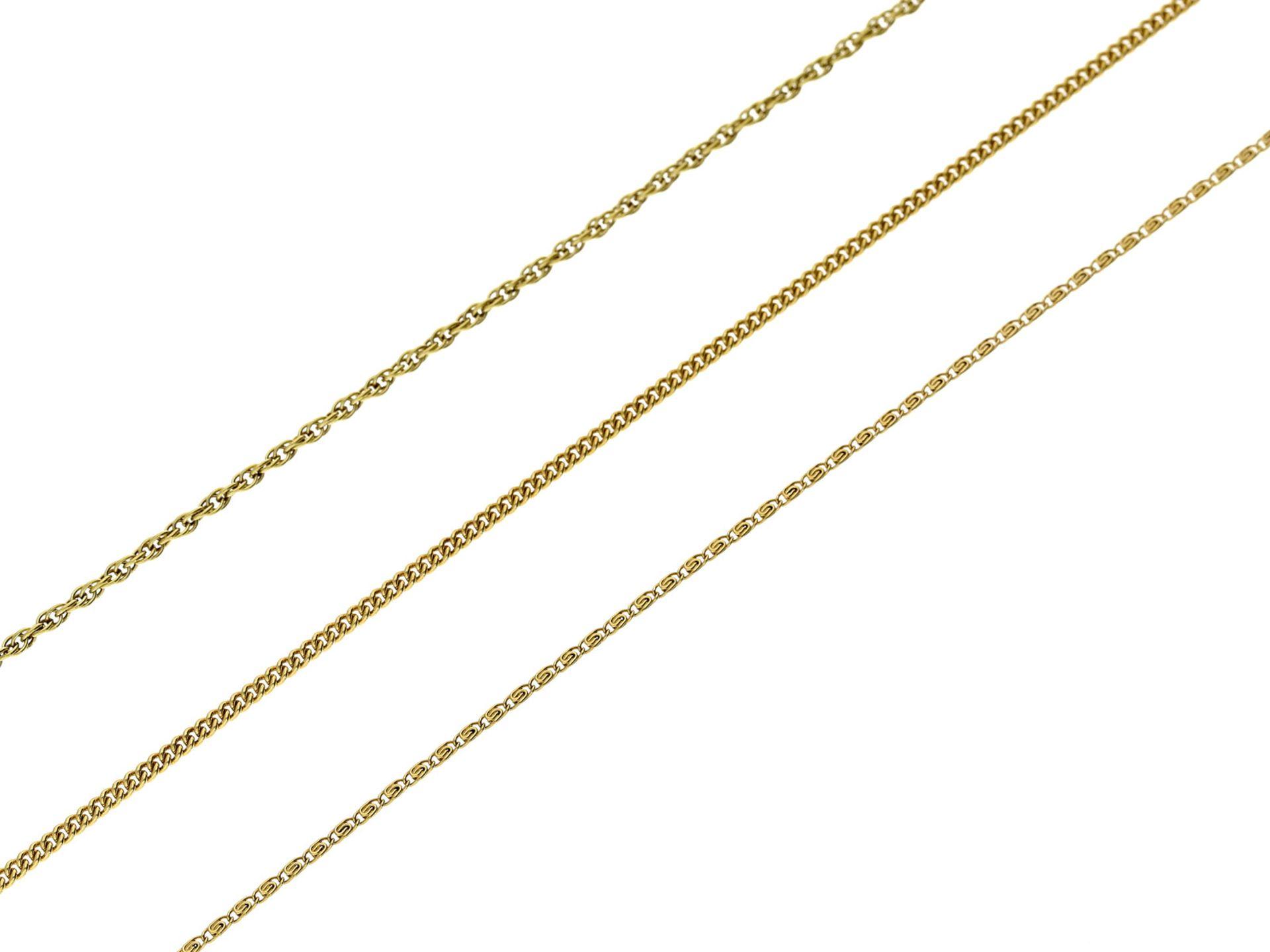 Kette/Collier: neuwertige und ungetragene CollierkettenGesamtgewicht ca. 10,5g, 14K Gold, alle