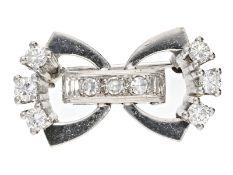 Brosche: exquisite weißgoldene vintage Diamantbrosche, 18K GoldCa. 24 × 13mm, ca. 6,2g, 18K
