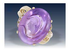 Ring: dekorativer, außergewöhnlicher Goldschmiedering mit Amethyst-GemmeCa. Ø17,5mm, RG55, ca.