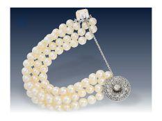 Armband: hochwertiges Akoya-Perlen-Armband mit antiker, wertvoller DiamantschließeCa. 17cm lang, ca.
