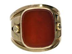Ring: extrem breiter und besonders schwerer vintage Herrenring mit KarneolCa. Ø21mm, RG65, ca.