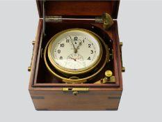 Marinechronometer: russisches Marinechronometer, Poljot No.09478Holzbox ca. 19 × 19 × 18cm, 3-