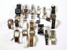 Armbanduhr: großes Konvolut moderner Armbanduhren aus Geschäftsauflösung, dabei viele Markenuhren,