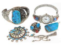 Ring/Armband/Brosche: Konvolut vintage Indianerschmuck aus Sterlingsilber, 6 ObjekteInsgesamt 6
