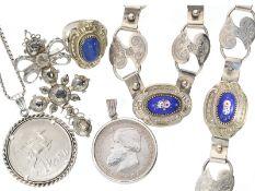 Kette/Collier/Armband/Ring/Anhänger: Konvolut antiker Silberschmuck, darunter ein hochwertiger