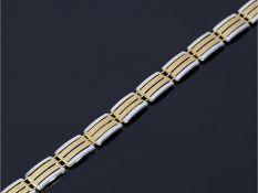 Armband: modernes und neuwertiges Bicolor-GoldschmiedearmbandCa. 19cm lang, ca. 9mm breit, ca. 9,3g,