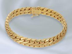 Armband: dekorativ gestaltetes Armband, gefertigt in 14K Gold, vintage GoldschmiedearbeitCa. 19cm