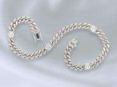 Armband: modernes und solide gearbeitetes Brillant/Panzerarmband aus 18K Weißgold, 0,67ctCa. 18cm