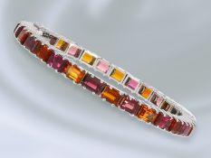 Armband: handgearbeitetes, klassisches vintage Goldschmiedearmband mit Farbsteinbesatz, 14K