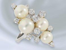 Ring: außergewöhnlicher, interessant gefertigter und vermutlich unikater Zuchtperlen/Brillant-