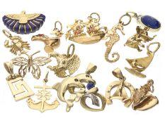 Anhänger: großes und interessantes Konvolut vintage Goldanhänger, 8K, 14K, 18K Gold, ehemals am