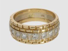 Ring: breiter und schwerer Bicolor-Herrenring mit Brillanten, ca. 0,5ct, 18K GoldCa. Ø21mm, RG66,