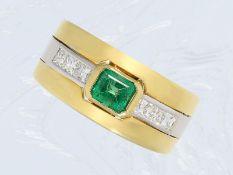 Ring: breiter Diamant/Smaragd-Goldschmiedering, hochfeine QualitätCa. Ø17mm, RG54, ca. 8,5g, 18K