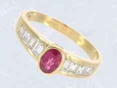 Ring: sehr feiner Damenring mit Rubinbesatz und Diamanten, Handarbeit aus 18K GoldCa. Ø17,5mm, RG55,