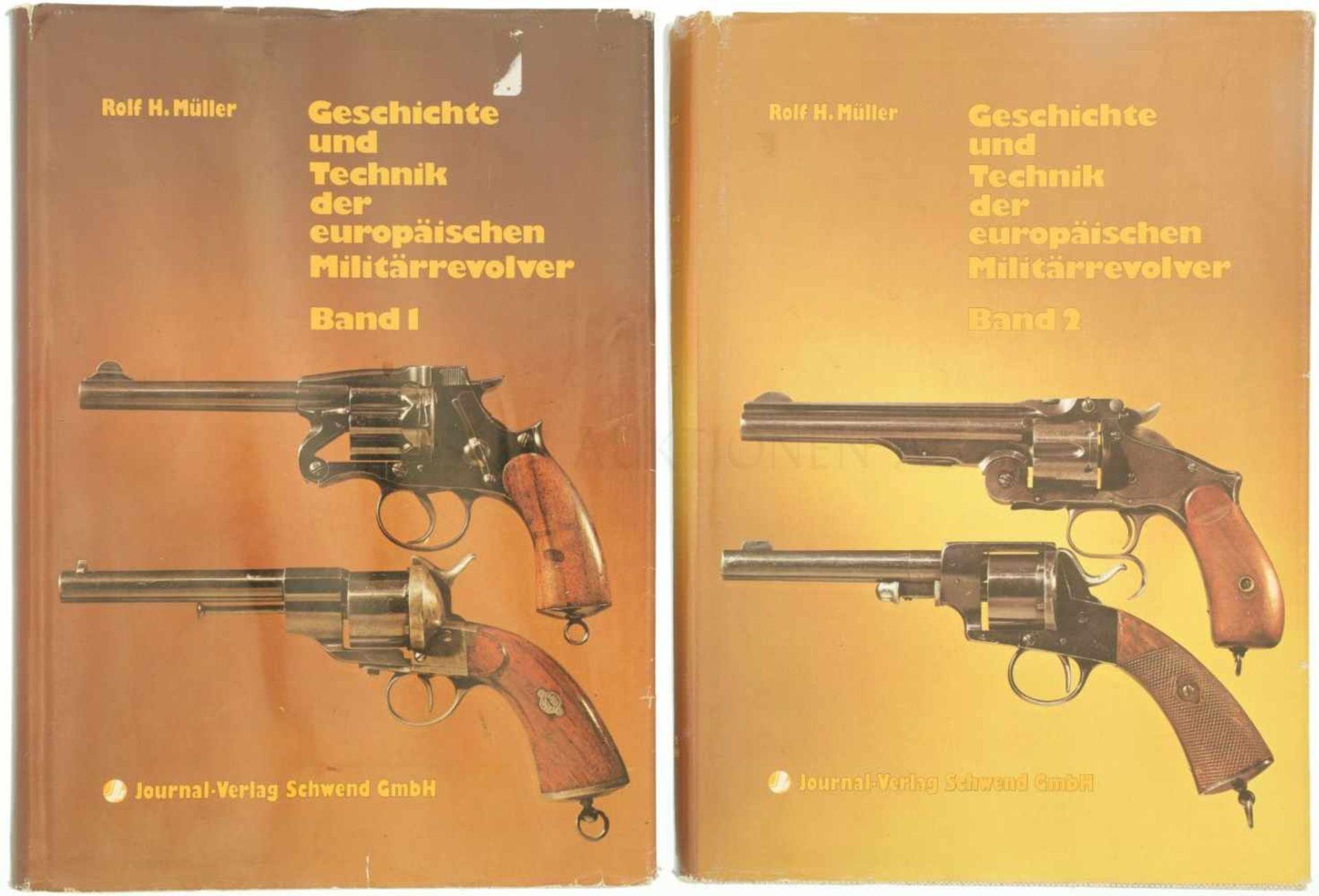 """Konvolut von 2 Bänden """"Geschichte und Technik der europäischen Militärrevolver"""" Autor Rolf H."""