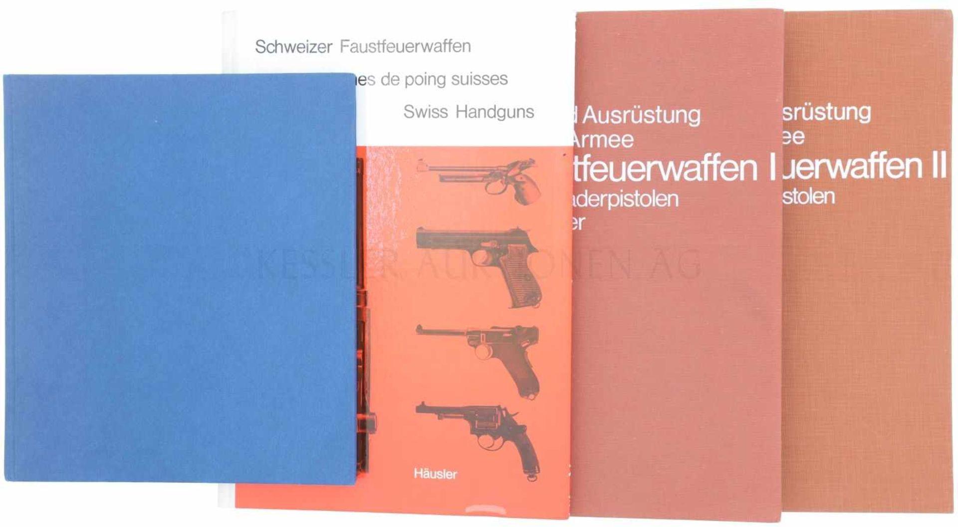 Konvolut von 4 Bücher 1. Hand- und Faustfeuerwaffen, Schweizerische Ordonnanz 1817 bis 1975,