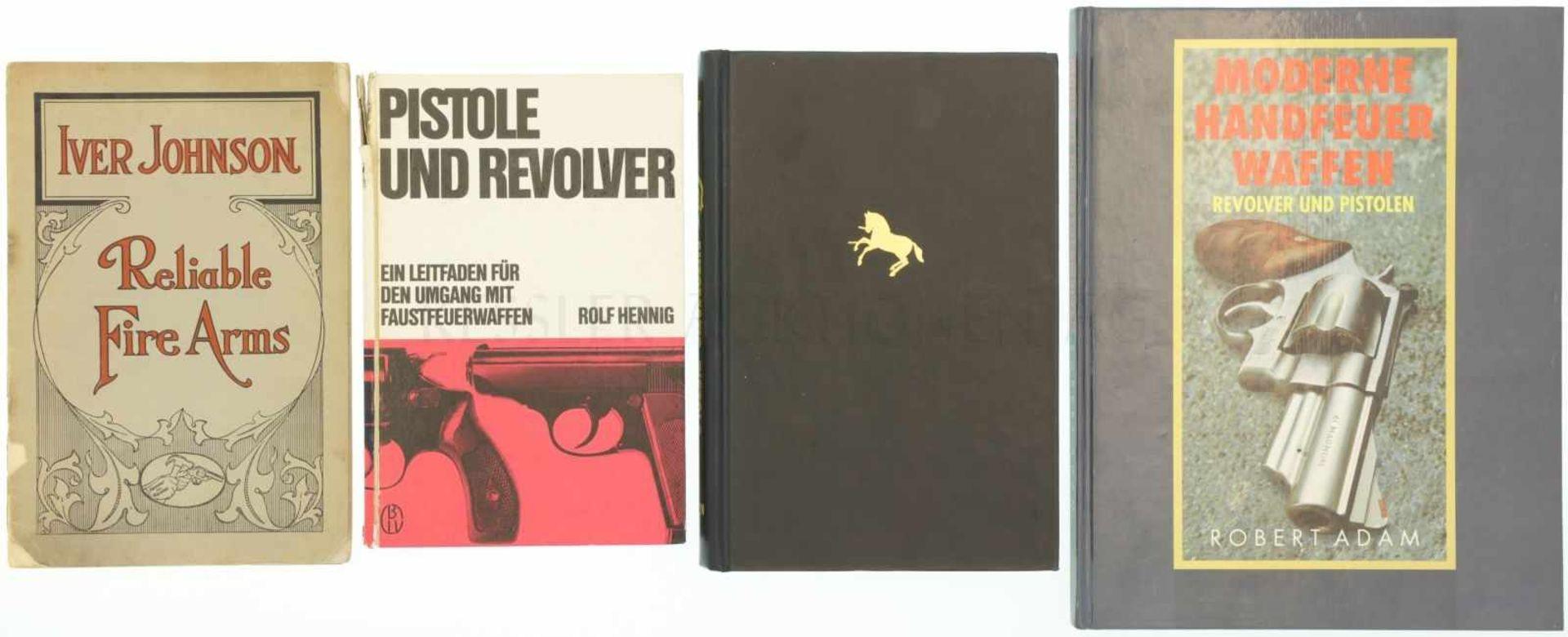 Konvolut 3 Bücher und 1 Heft 1. Iver Johnson, Reliable Fire Arms, Cataloque No. 24, in englisch.