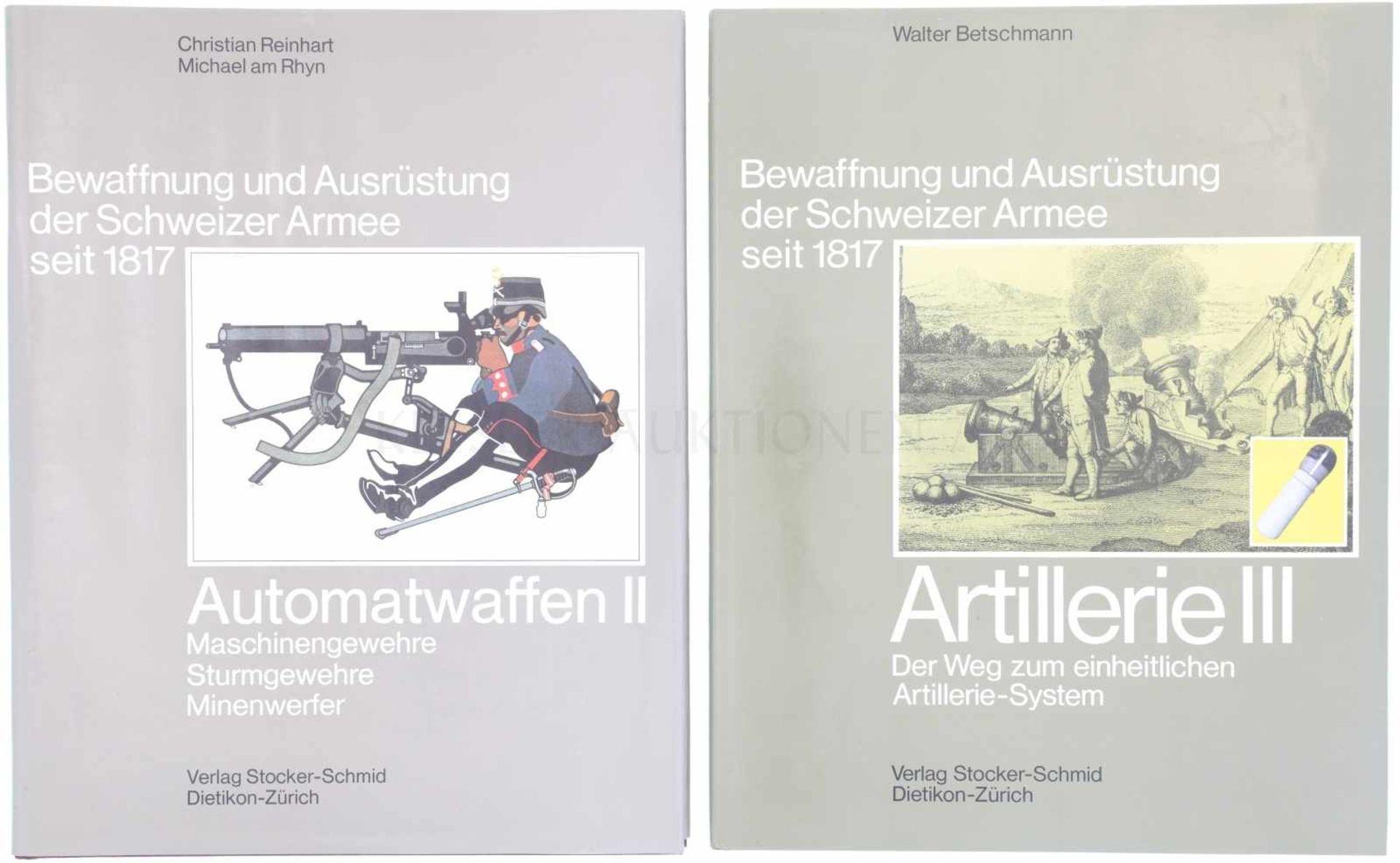 Los 60 - Konvolut von 2 Büchern Bewaffnung und Ausrüstung der Schweizer Armee seit 1817 1. Automatwaffen