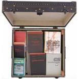 Kiste mit div. Reglementen, mehrheitlich der Flab Eisenverstärkte Kiste, Masse 510x470x340mm,