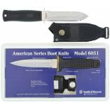Konvolut von 2 Stiefeldolchen 1. S&W Model 6051 Boot Knife, KL 109mm, TL 234mm, symmetrische