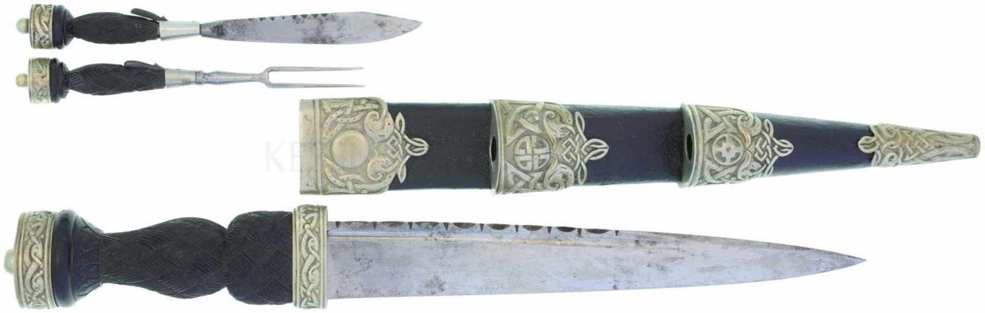 Schottischer Highlander-Dolch KL 256mm, TL 390mm, einseitig geschliffene Klinge mit Hohlbahn, Rücken