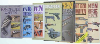 Konvolut von 7 Büchern 1. Illustriertes Lexikon der Handfeuerwaffen, Autor Vladimir Dolinek, Dörfler