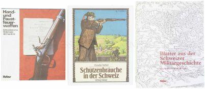Konvolut von 3 Büchern 1. Hand- und Faustfeuerwaffen, Schweizerische Ordonnanz 1817 bis 1975, Verlag