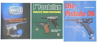Konvolut von 3 Büchern 1. Mauser, Von der Waffenschmiede zum Weltunternehmen, Autor Wolfgang Seel,