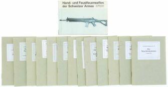 Konvolut von 14 Reglement Nachdrucke 1. Hand- und Faustfeuerwaffen der Schweizer Armee von 1842