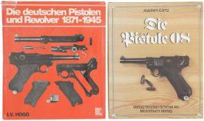 Konvolut von 2 Büchern 1. Die Pistole 08, Autor Joachim Görtz, Verlag Stocker-Schmid AG, 3. Auflage,