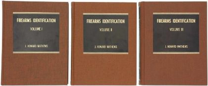 "Konvolut von 3 Bänden ""Firearms Identification"", Autor J. Howard Mathews 1. Volume I, The laboratory"
