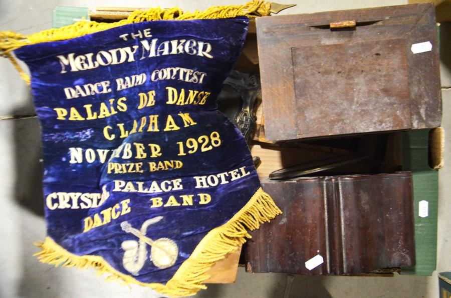 Lot 432 - Heals clock, three wooden mantle clocks, a bandsm