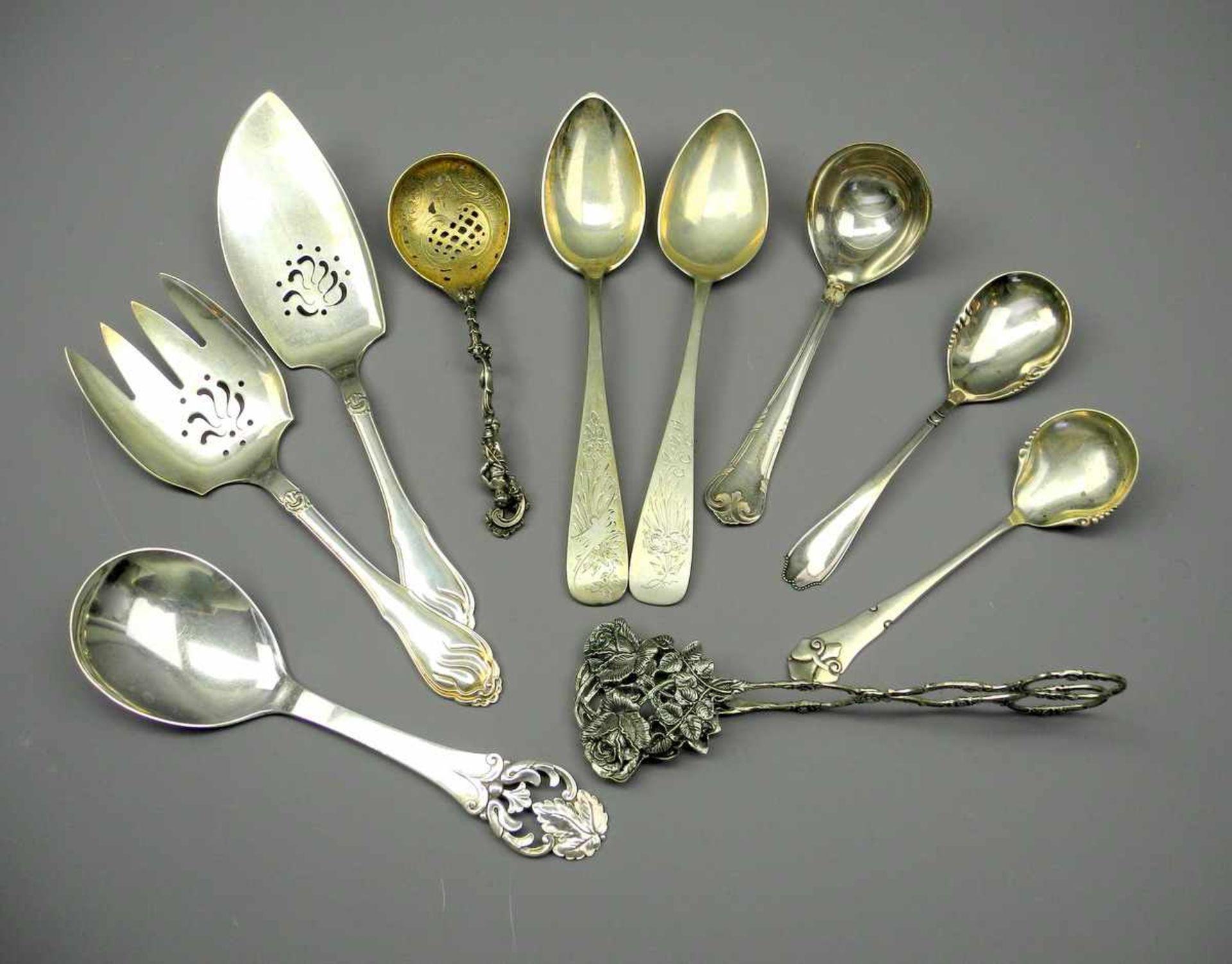 Los 51 - Konvolut von Silber-VorlegernSilber 800 - Silber 835, jeweils entsprechend punziert, hauptsächlich
