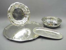 Konvolut von silbernen Schalen und TablettsSilber 800/Silber 835, jeweils am Rand/Boden mit