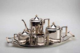5-teilg. Kaffee-Teeset, Bremer SilberwerkstättenArt Déco um 1920-30. 800er Silber, teilweise innen