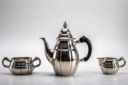 3-teilg.Kaffeeset, Chr. F. Heise, Kopenhagen 1925835er Silber, martelliert. Bestehend aus: