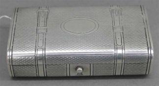 SchnupftabakdoseSilber, russisch, 19. Jh., punziert, graviert, Monogrammkartusche, b 8,8 cm, 110g,
