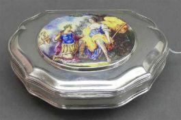 """Schnupftabakdose, um 1800Silber, Deckel mit ovaler Miniaturmalerei, Email, allegorische Szene, """""""