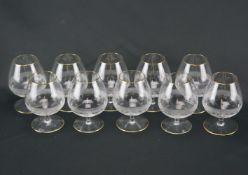 Zehn CognacgläserGlas, Gläser mit Goldrand, Höhe 10 cm und Durchmesser 6 cm, in einem guten Zustand