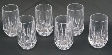 Sechs Bechergläser aus KristallglasKristallglas, Höhe der Gläser 16 cm und Durchmesser 6 cm, in