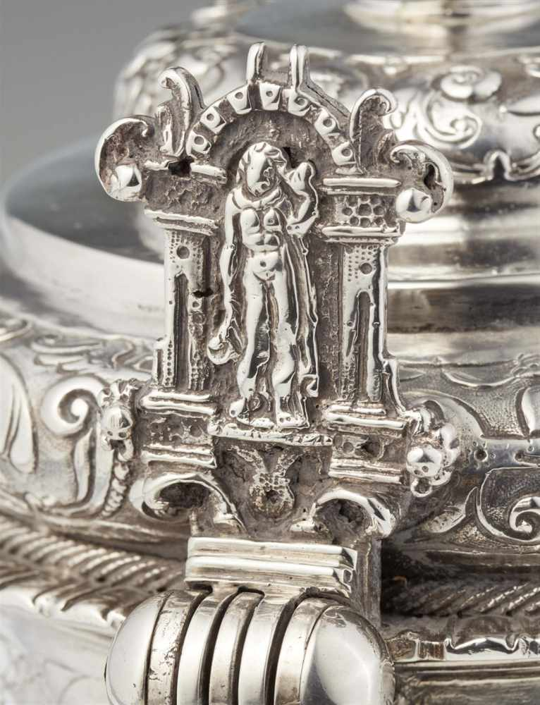 Lot 301 - An important Bremen Renaissance silver tankardThe rounded basal rim decorated with cherub's heads