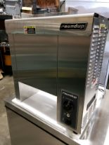 Lot 33 - Roundup Vertical Contact Toaster - Model VCT-1000CF