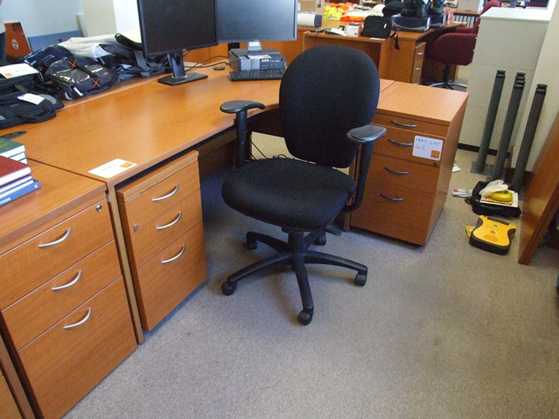 Lot 46 - Shaped Desk with RH return and 3 drawer and 4 drawer pedestals 1800 wide with operators chair