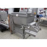 Lot 16 - LAKIDIS Paddle mixer with Tote bin lifter Sn 780813