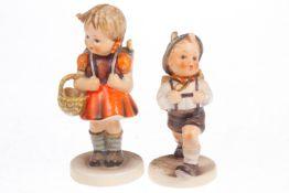 """Hummel Figurenpaar """"Der Schulschwänzer"""" und """"Mein erster Schulgang"""", Modellnr. 81 2/0 und 82 2/0, 2."""
