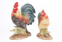 Goebel Hahn und Henne, Biskuitporzellan, Goebel-Japan, H 9,5 und 12,5 cm